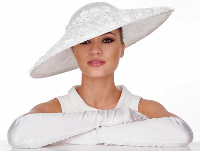 My Little Hat Shop - Large brimmed white hat decorated with white roses