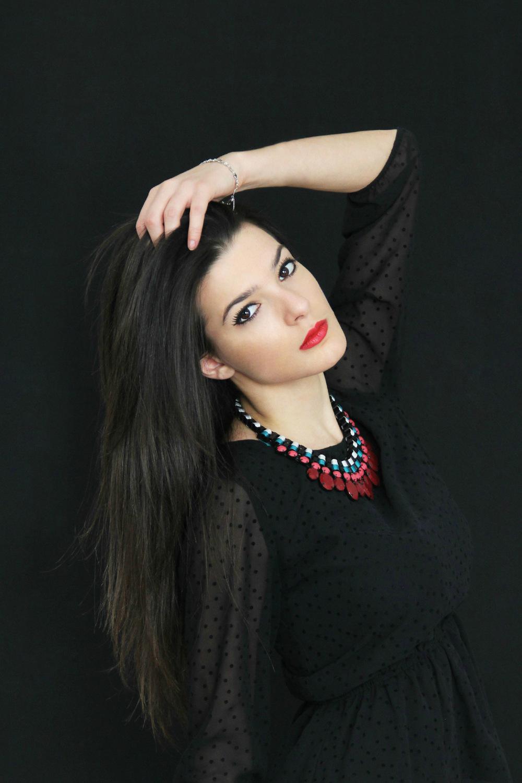 Paola Mazzoglio - Model: Giulia Bergamo