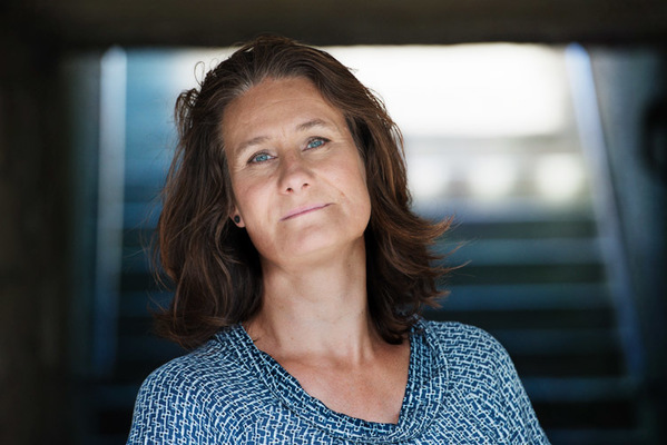 Fotograf Martin Magntorn - Författarporträtt Helena Thorfinn (Norstedts 2016)