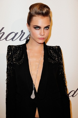 Make-up Artist Hairdresser - Cara Delevingne Festival de Cannes Makeup