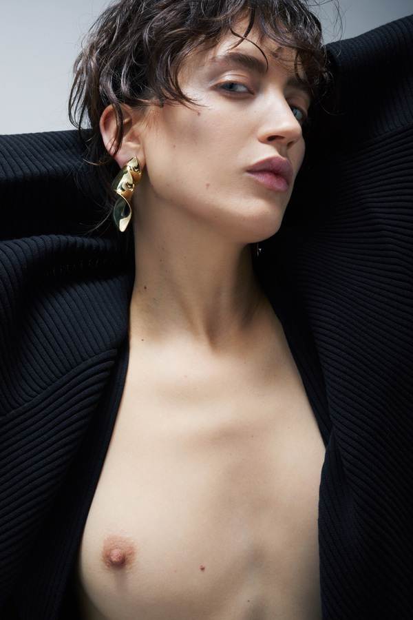 Make-up Artist Hairdresser - Hair and makeup