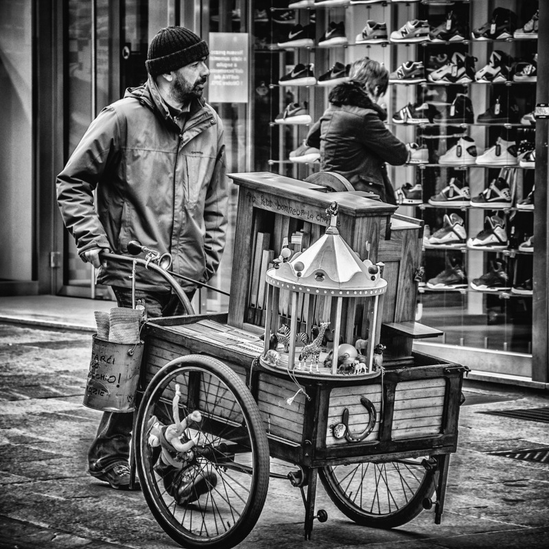 SGB PHOTO - A man and his handcart