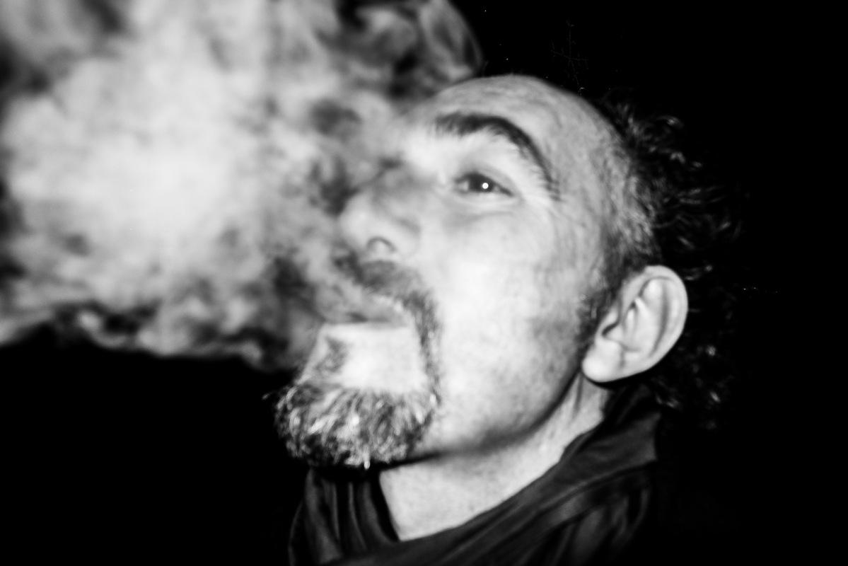 SGB PHOTO - Smoking