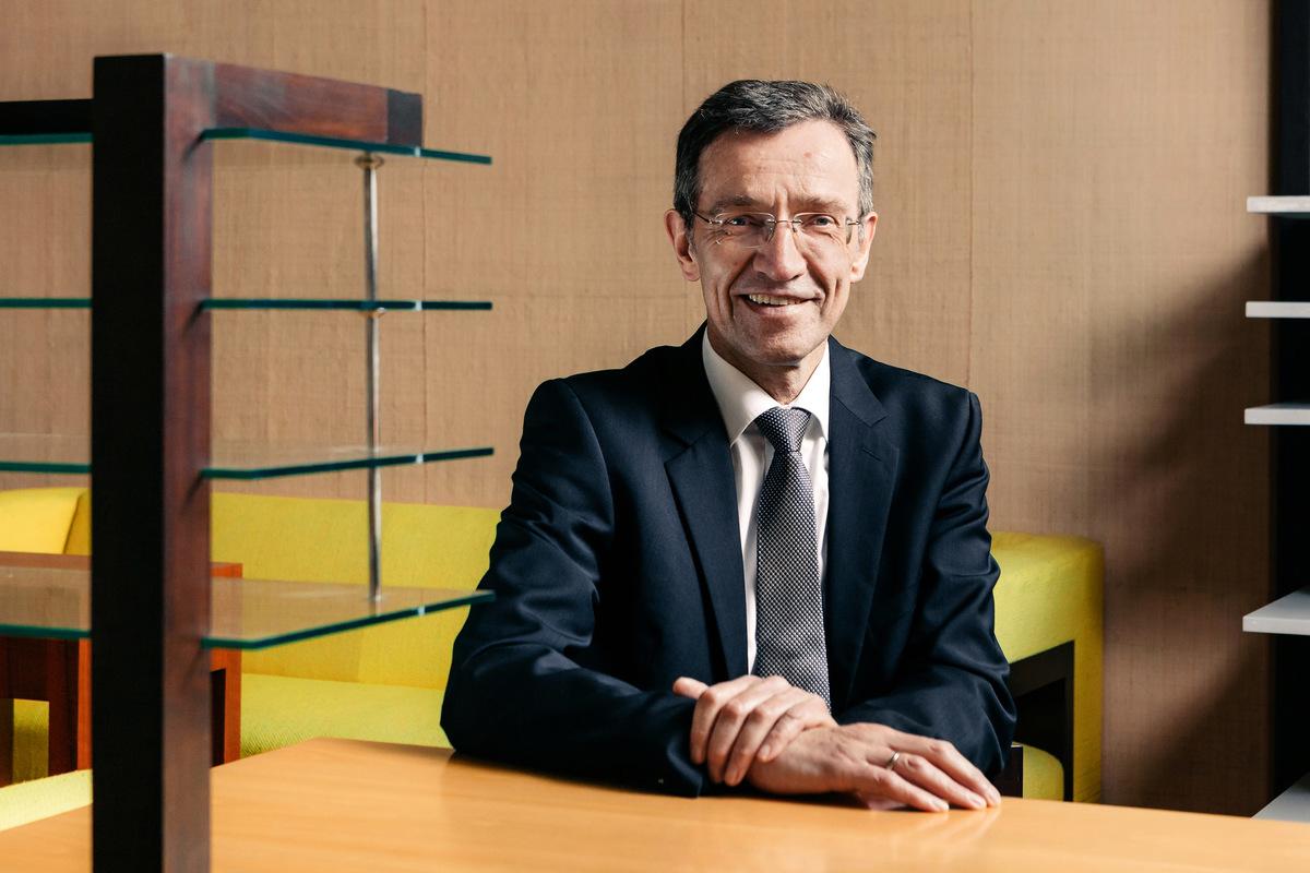 Matthias Eckert | Fotograf aus Weimar/Thüringen - Prof. Dr. Winfried Speitkamp | Präsident Bauhaus-Universität Weimar