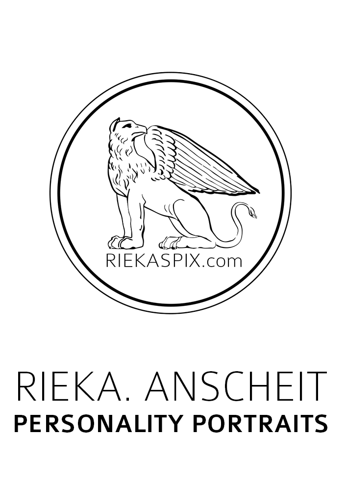 RIEKA. AT THE PIXSALON