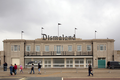 Virginie Noel Photography - Banksys Dismaland