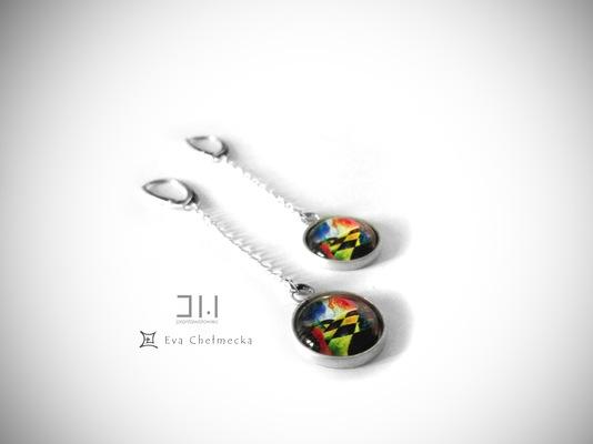 Jolanta Wołowiec - kolczyki z miniaturą obrazu autorstwa Evy Chełmeckiej