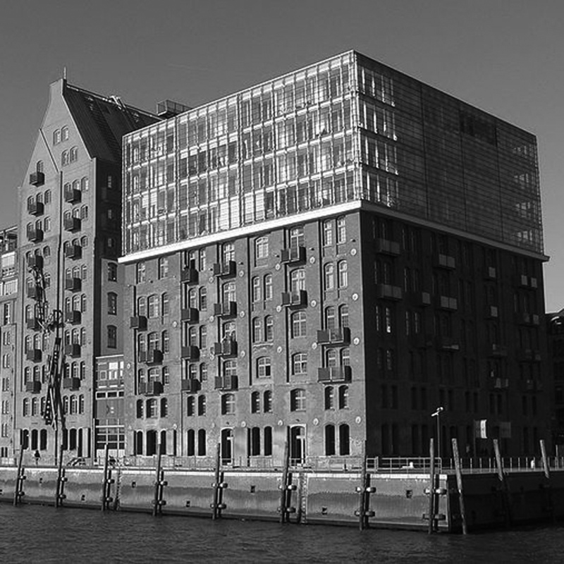 Azhar Architecture - RESIDENTIAL: Stadtlagerhaus, Hamburg