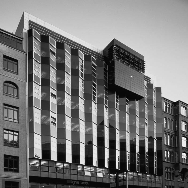 Azhar Architecture - COMMERCIAL: Neuer Wall, Hamburg