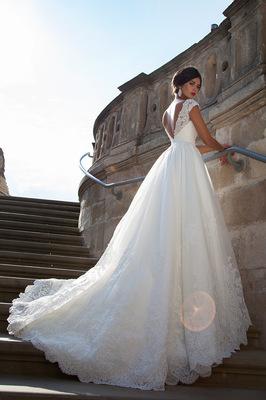 mary meyska - Crystal Design lookbook 15