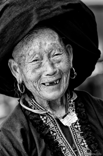 face of vietnam - Black Dao, Sin Ho Market.