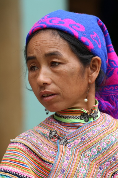 face of vietnam - Woman in Dong Van Market, Ha Giang
