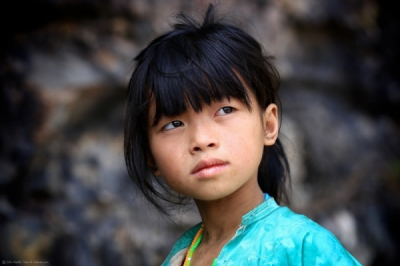 face of vietnam - Hmong girl on the Ma Li Peng Pass