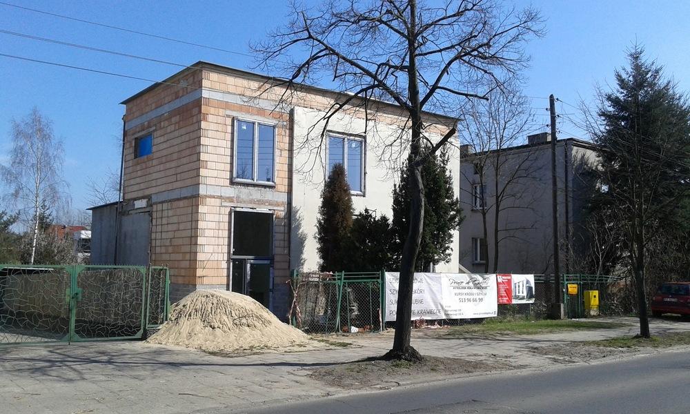 Architekt Maciej Hyz - Widok od ulicy - zdjęcie z budowy, kwiecień 2015 r.