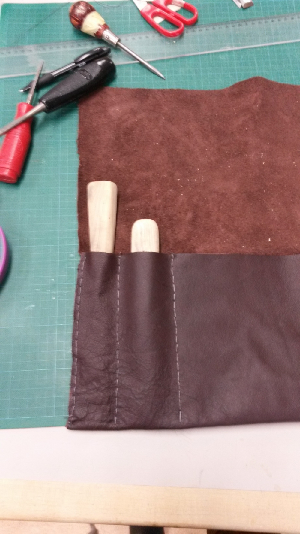Dackelid Form - Fitting and stitching