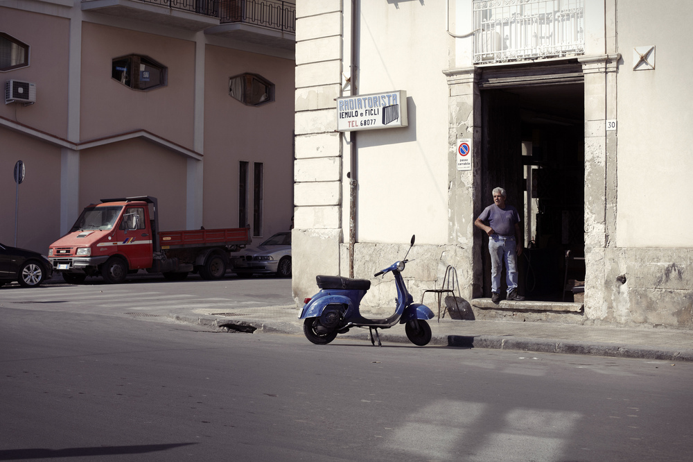 matej tresnak photographer I director - Sicily - land of concrete.