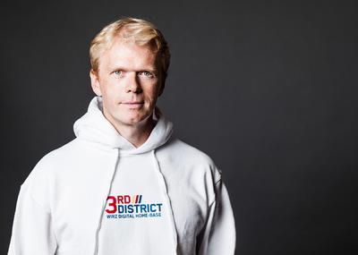 Daniel Sack - Max Höllerl (3rd District)