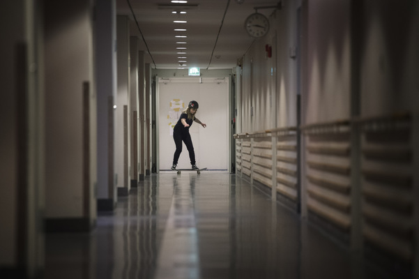 Photographer Anna Tärnhuvud - After the accident Malin had to put a lot of work into improving her sense of balance. Knowing her skateboarding background, her physioterapist saw an opportunity for Malin to practice in the hallways of Danderyds hospital.