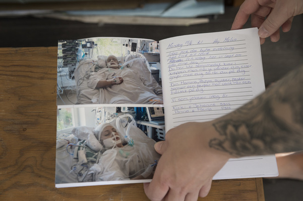 Photographer Anna Tärnhuvud - When Malin was lying in a coma at Danderyds hospital, nurses and family kept a diary for her, carefully making notes about what was going on, who hade come to visit etc.