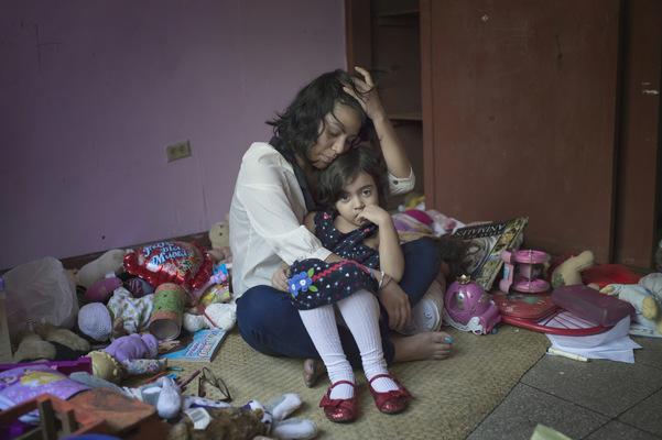 Photographer Anna Tärnhuvud - Belén, student and a mother. Managua, Nicaragua