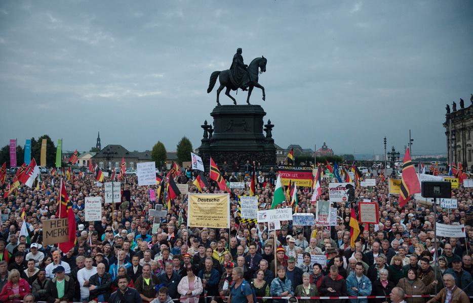 Photographer Anna Tärnhuvud - Pagida demonstation, Dresden Germany. 2015-09-21.
