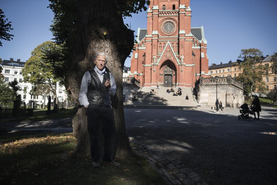 Photographer Anna Tärnhuvud - Theodor Kallifatides, author. Göteborgs-Posten