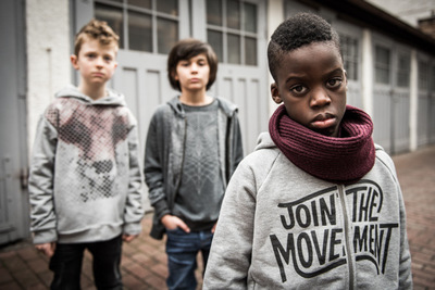 marc.reimann.foto - group of street kids, fashion shoot, Kindermode,