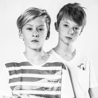 marc reimann fotograf in münchen - 2 boys, fashion shoot, Kindermode, digit denim