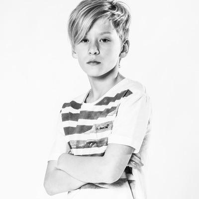 marc reimann fotograf in münchen - boys portrait, fashion shoot, Kindermode, digit denim