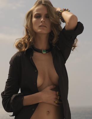 Julia Z - rich nikos papadopoulos