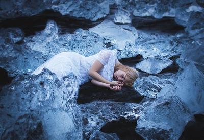 Broken Sundowns - Jökulsárlón Diamond Beach, Iceland.