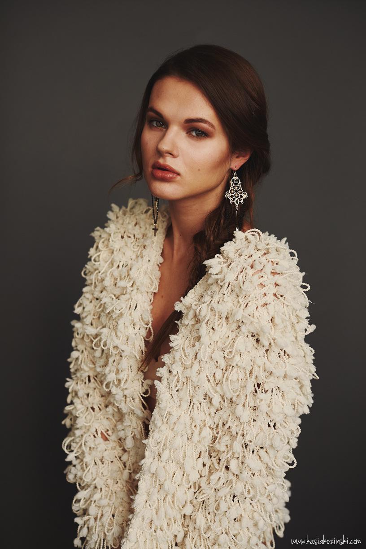 Justine Poupaud MUA - Photographe : Kasia Kozinski / Modèle : Vaida / Makeup artist & Hairstylist : Justine Poupaud