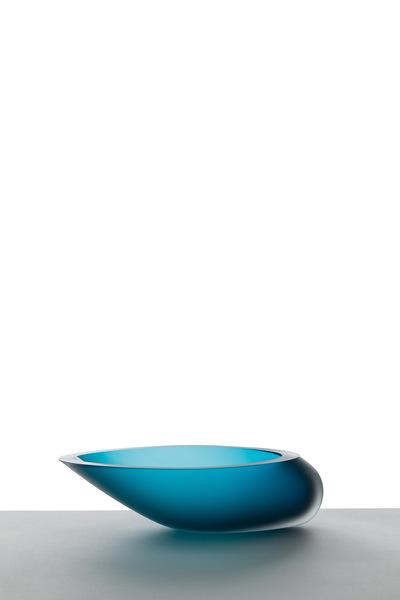 Valner Glass s.r.o. - Seashell bowl - Blue velvet  Code: M0917 Blue velvet