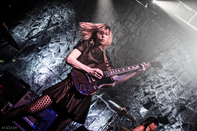 stilpix - Carrie Brownstein, Sleater-Kinney. Vicar Street, Dublin. 26 Mar 2015.