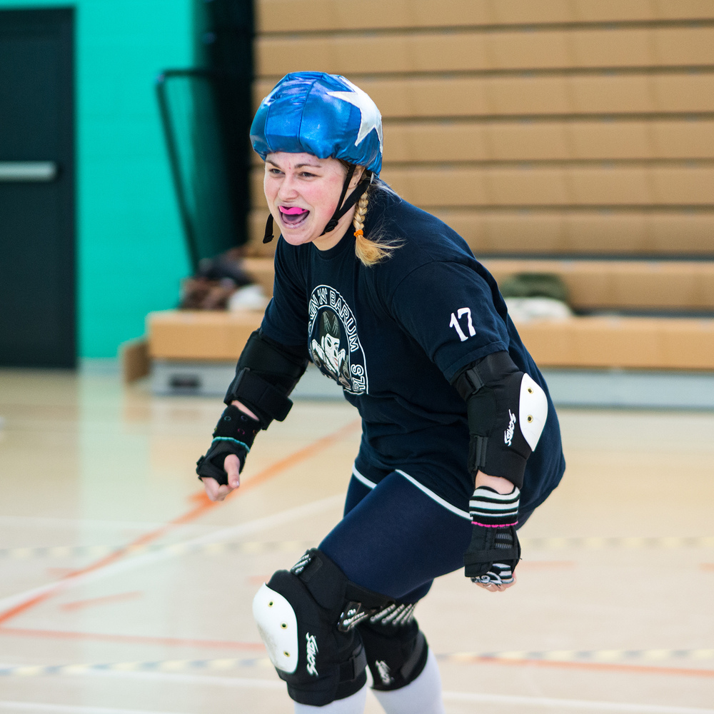Roller Derby Photography - GrinNBarum Devon Derby Girls v Plymouth City Roller girls (mixed A/B team)