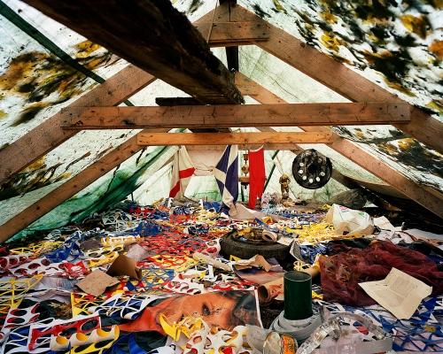 Leif Claesson - The glue mans house Nirvana room