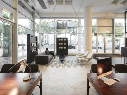 PEDRO SOTTOMAYOR DESIGN INDUSTRIAL - SOTHEBYS INTERNATIONAL REALTY New shop with João Mendes Ribeiro