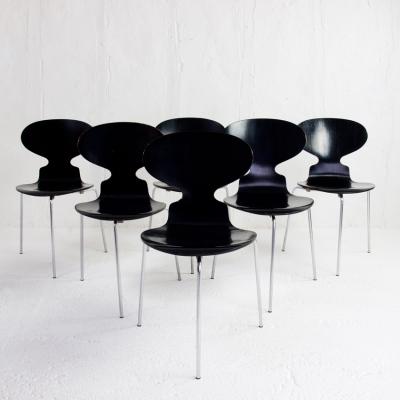 Perlapatrame - meubles - objets - vintage - 6 CHAISES 3100 ARNE JACOBSEN