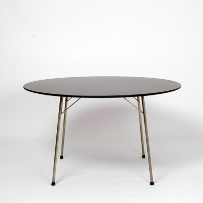 Perlapatrame - meubles - objets - vintage - TABLE 3600 ARNE JACOBSEN