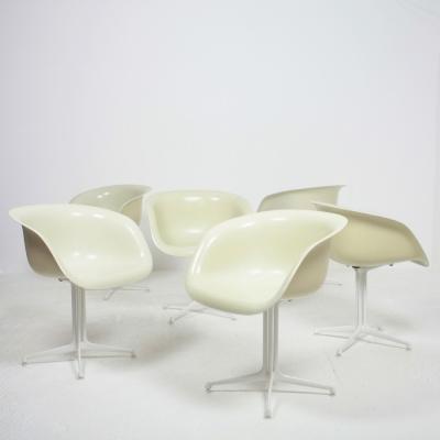 Perlapatrame - meubles - objets - vintage - 6 FAUTEUILS EAMES LA FONDA