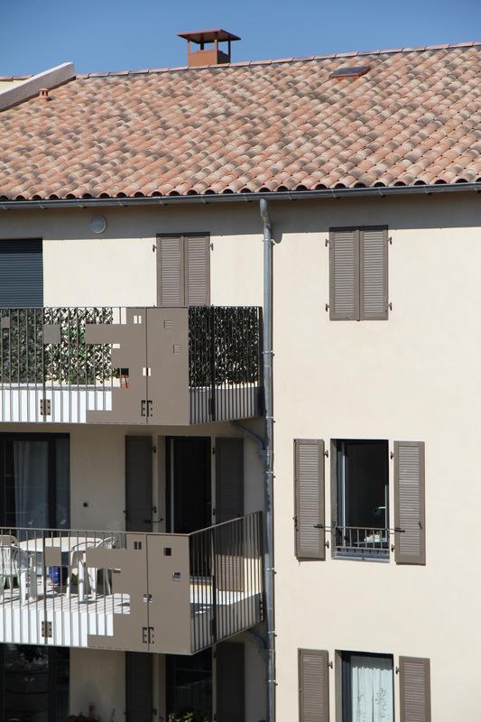 Architecte Marseille - Agence Elbaz Architecture à Marseille (13007) - Des essais à l'étanchéité à l'air ont été réalisé après que nous ayons veillé à traiter les ponts thermiques susceptibles d'amener des entrées d'air.
