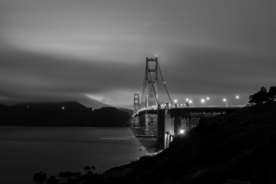 Sean Pinto photoGRAPHY - Golden Gate Bridge in the fog in B/W