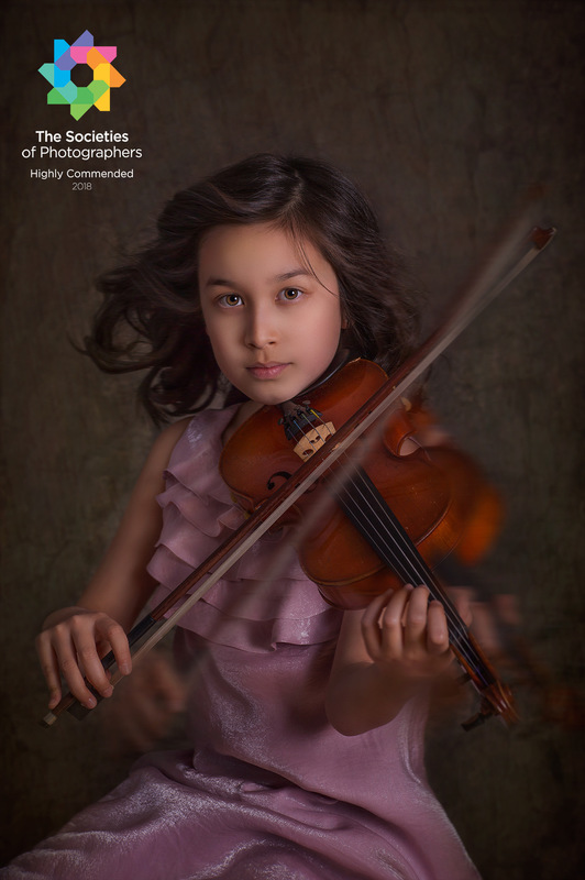 Dai Bui Photography - Highly Commended Photo in Society of Wedding and Portraits Photographers for Mars 2018; Category - Children Autor: Dai Bui