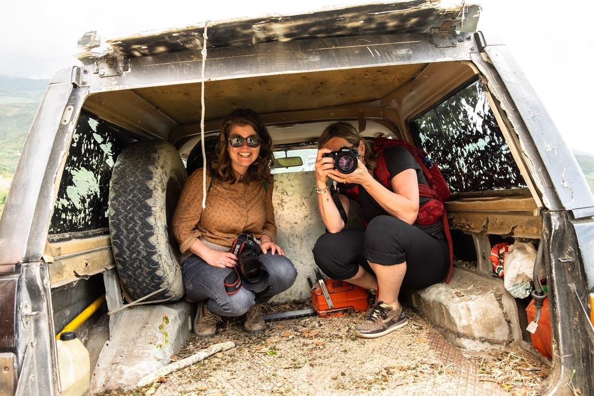 Luciana Caputo - Tijdens deze fotoreizen op Sicilië is er de kans om dieper in te gaan op de techniek, fotograferen we op diverse locaties en zorgen de verschillende opdrachten voor een verbeterde inhoud op je beelden. Omdat je met elkaar vanuit een zelfde stad of locatie aan het werk gaat kan er in de werkbespreking weer veel geleerd worden van ieders persoonlijke aanpak en resultaten. Fotografie leer je in de praktijk en tijdens deze reis heb je alle tijd voor je passie. Interesse in de fotoreis Een reis vol kleur of Een landschap vol contrasten. 14 september t/m 18 september 2019 en 16 oktober t/m 20 oktober 2019