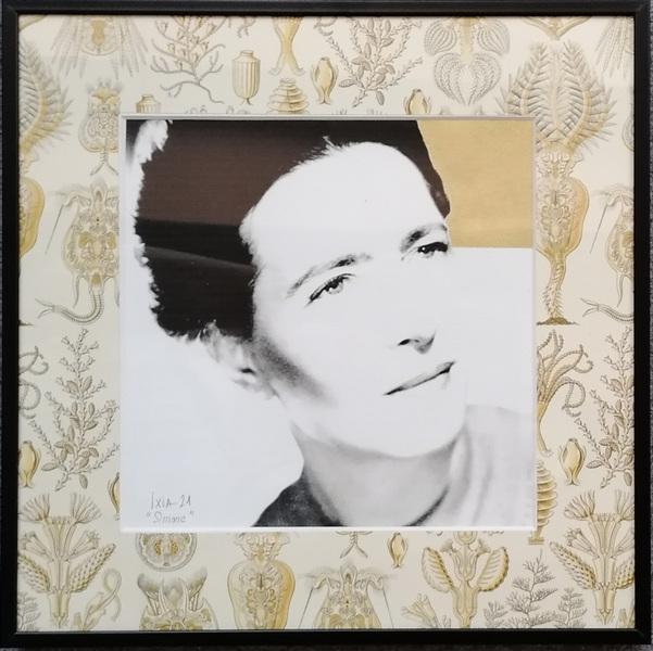 IXIA Artiste - Simone 30 x 30 cm Technique mixte (photo, gouache or et papier Pepin Press) Cadre alu noir