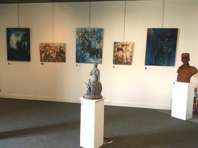 IXIA Artiste - Une disposition de rêve pour mon oeuvre dans cette grande salle : Delaleuf, Zacchi, Le Cleach, Geymann, Enakieff, Kainou, Rannou... Les couleurs se répondent et les âmes sécoutent...