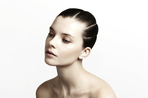 Noemie Masselin Make-Up ,Hair Artist - Updo -blog Stephane Bodin Photo by Eleonora Bravi Hairstylist :Stéphane Bodin