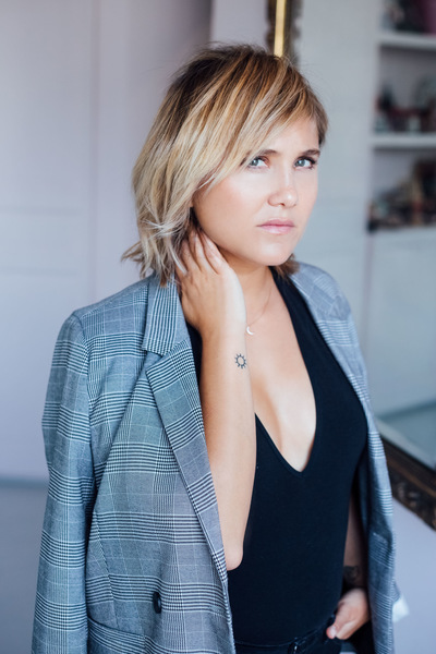 Noemie Masselin Make-Up ,Hair Artist - Bérangere Krief makeup