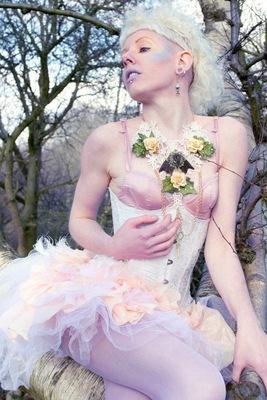 Amy Statik - Lauren Becki Rowlands