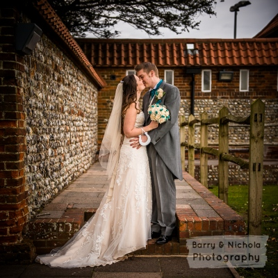 Barry & Nichola Photography - Mr and Mrs Peachy - Field Place, Worthing